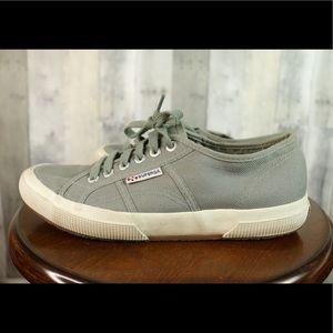 Superga Womens 9.5 Cotu Classic Sneaker Gray
